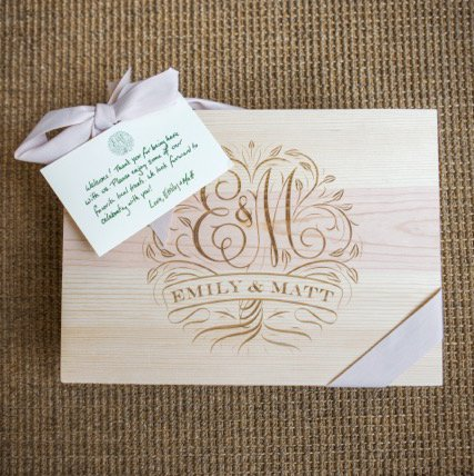 Wecome Box / Wedding Logo Etched